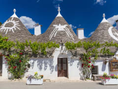 Italy_Alberobello_123RF_76267223_ML