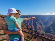 Hawaii_Kauai_Father_and_Young_Son_Waimea_Canyon