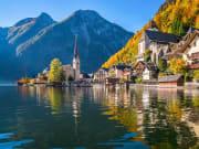 Austria_Hallstatt_Alpine_Lake_Town_shutterstock_343762682