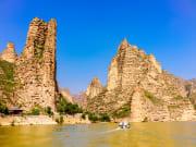 China_Lanzhou_Liujiaxia_Dam_shutterstock_736490437 (1)