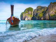 Thailand_Phuket_PhiPhi_Maya_Bay_shutterstock_120719680