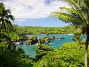 US_Hawaii_Maui_Aerial_View_Helicopter_Hana_shutterstock_673256179
