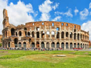 Italy_Rome_Colosseum_shutterstock_366580355