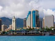 Oahu_AlohaTower_shutterstock_3649674