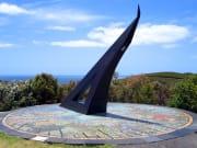 New_Zealand_Flagstaff_Hill_shutterstock_28628560