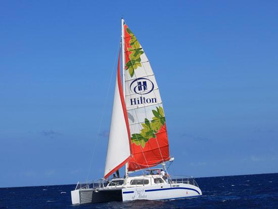 PortWaikiki-sunset-and-fireworks-vessel-Spirit-of-Aloha