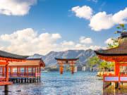 Hiroshima_Miyajima_Floating_Shrine_shutterstock_685846135