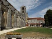 Saint-Marie-Madleine-Abbey_shutterstock_308132153