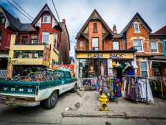 Canada_Toronto_KensingtonMar_450748270