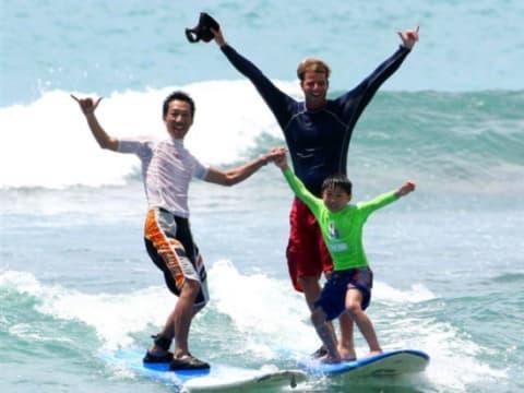 サーフィン (マリンスポーツ) | ハワイ(オアフ島)の観光・オプショナルツアー専門 VELTRA(ベルトラ)