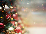 Generic_Christmas-Tree-with-Red-Decorations_shutterstock_328442753