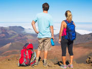 Hawaii_Maui_Haleakala_Couple_Hiking_187668308