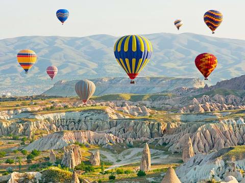 熱気球 (カッパドキア) | トルコの観光・オプショナルツアー専門 VELTRA(ベルトラ)