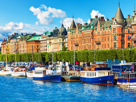 Sweden_Stockholm_Gamla_Stan_shutterstock_203577481