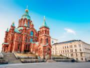 Finland_Helsinki_UspenskiCathedral_shutterstock_288735794