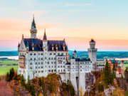 germany_bavaria_Neuschwanstein Castle from munich