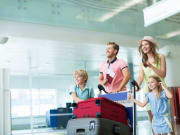 Airport_Transfer_Passenger_Family_Suitcase_Luggage