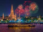 Thailand_Bangkok_Wat arun_cruise ship_night_new year_shutterstock_496754767-crop