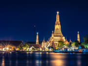 wat arun at night bangkok river cruise