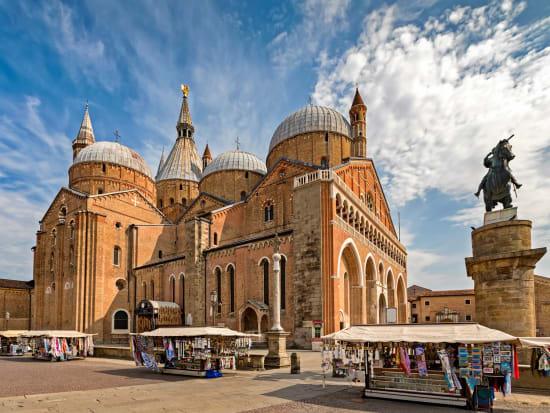 Sant'Antonio Basilica's beautiful architecture