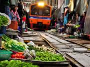 Maeklong_Railway_Market_shutterstock_647766805