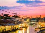 Bangkok_Amphawa_Market_shutterstock_359873618