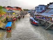 Bangkok_Amphawa_Market_shutterstock_609266363