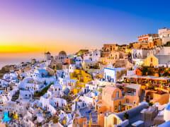 Oia Sunset_Santorini_Greeceshutterstock_725109589