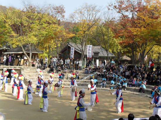 MBC Dae Jang Geum Park and Korean Folk Village Tour from Seoul Instant  Confirmation