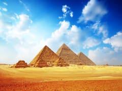 Egypt_Giza_Pyramids_shutterstock_84868756