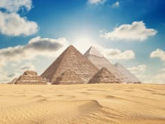Egypt_Giza_Pyramids_shutterstock_231376417
