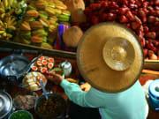 Thailand_Bangkok_Damnoen Saduak Floating Market_shutterstock_87756307 (1)