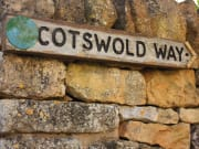 Sign to Cotswold Way