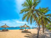 Vietnam_Nha_Tran_Beach_1182064204