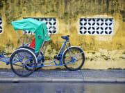 Vietnam_Cyclo_114073471