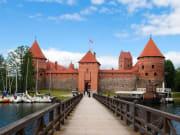 Lithuania_Trakai_Castle_123RF_13934837_ML