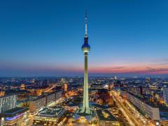 Germany_Berlin_Berlin-TV-Tower_shutterstock_1028809513