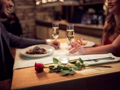 couple-dinner-romance, valentine's