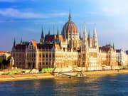 Hungary_Budapest_Hungarian_Parliament_Building_shutterstock_461143897