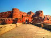 India_Agra_Agra_Fort_shutterstock_99873773