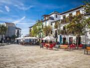 Spain_Granada_shutterstock_158638643