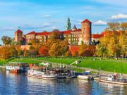 Poland_Krakow_shutterstock_wawel_castle_741717787