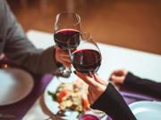 wine toasting sydney harbour dinner cruise