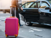 airport_pickup_suitcase_transfer