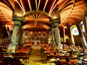 コロニア・グエル教会堂 (観光情報) | バルセロナ観光 VELTRA(ベルトラ)