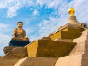 Fo Guang Shan Buddha Museum bronze statue