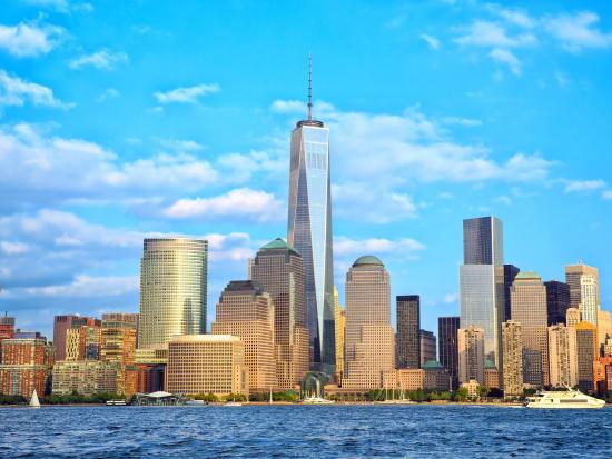USA_New York_Lower Manhattan_skyscraper_One World Trade Center_shutterstock