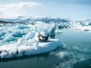 Jokulsarlon-glacier-lagoon-Iceland-11-2