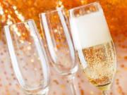 Champaigne_sparkling wine_shutterstock_1226224393