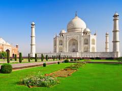 India_Agra_Taj mahal_shutterstock_458174938